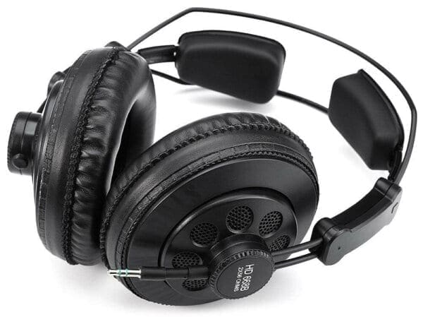 Superlux HD668B - доступные мониторные наушники с отменным звуком