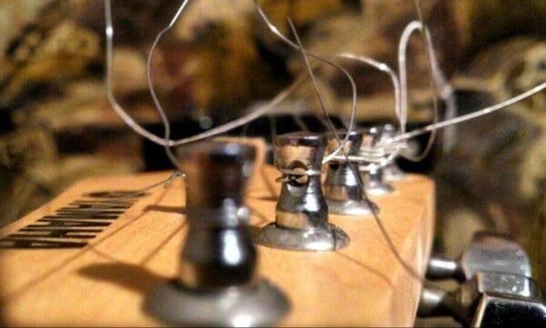 Чистка грифа и лимонное масло для гитары