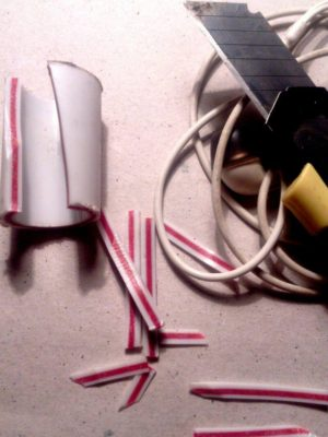 Бессмертный штекер наушников из пластиковой трубы своими руками