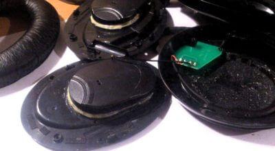 Демпфирование наушников вибропоглотителем